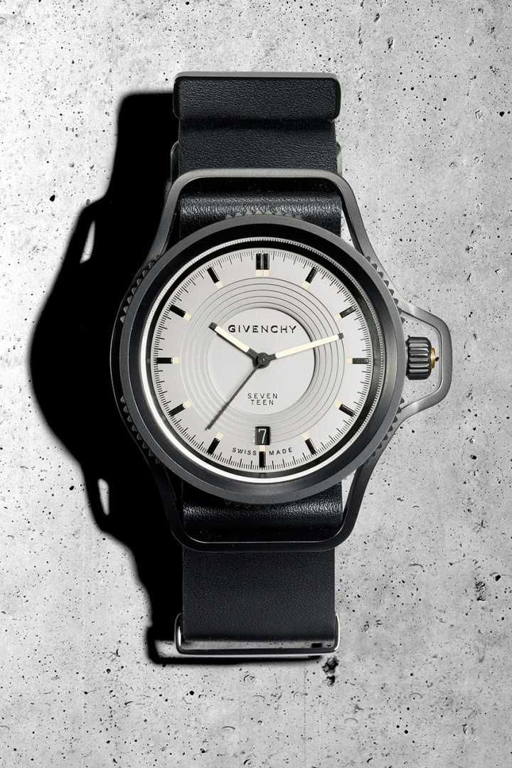 givenchy-presents-the-seventeen-watch-collection-watch-collection-by-riccardo-tisci-1