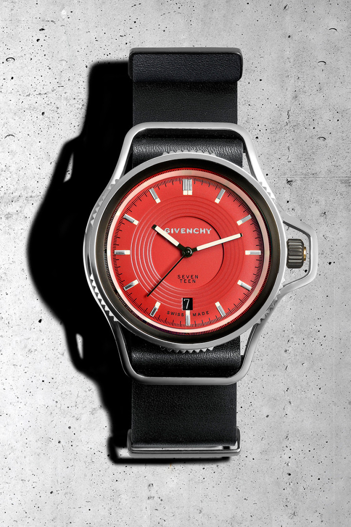 givenchy-presents-the-seventeen-watch-collection-watch-collection-by-riccardo-tisci-3