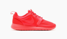 Nike-Roshe-Run-Monochromatic-Hyperfuse-1